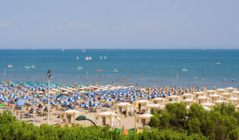 beach in lignano