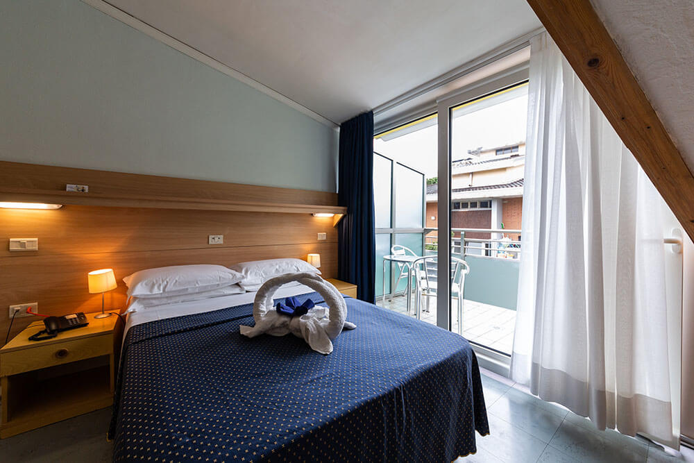Camera Matrimoniale In Francese.Double Room With French Bed Hotel Mimosa